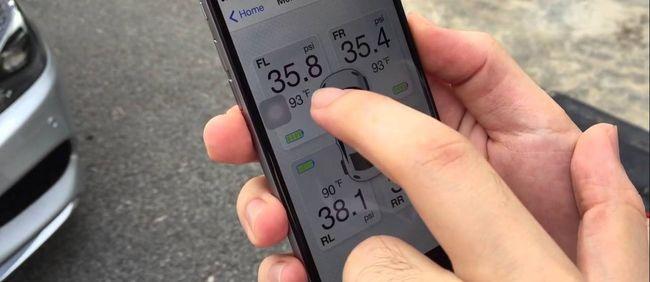 На смартфоне система давления в шинах