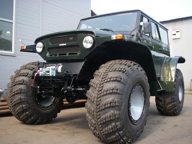 УАЗ на больших колесах
