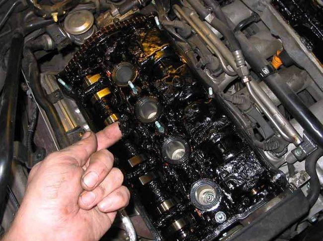Замасленный двигатель