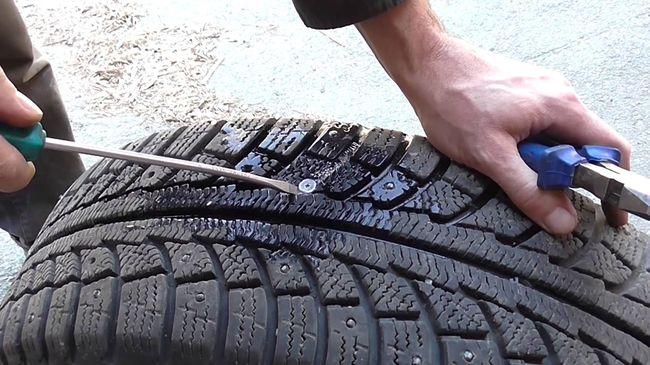 Ремонт шины на дороге