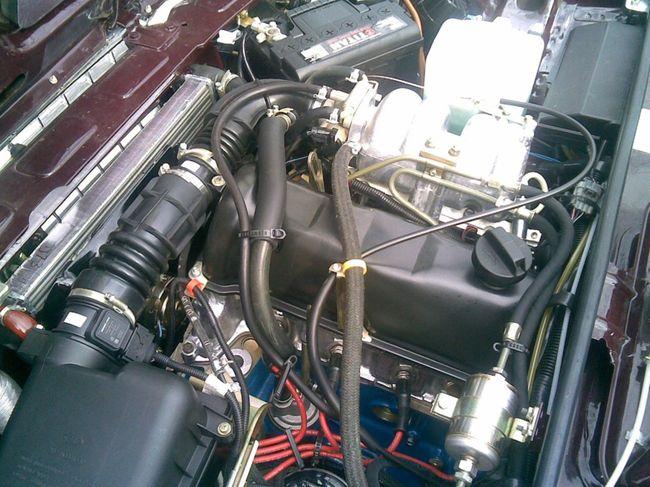 Инжекторный бензиновый двигатель