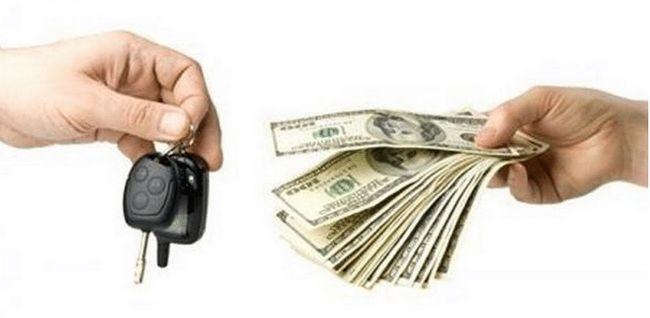 Передача денег за авто