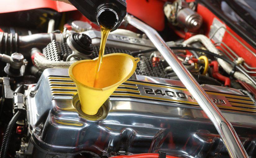 Какое моторное масло выбрать: минеральное, полусинтетическое или синтетическое?