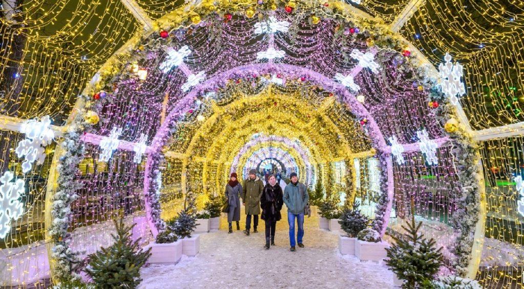 Экскурсии по Новогодней Москве фото